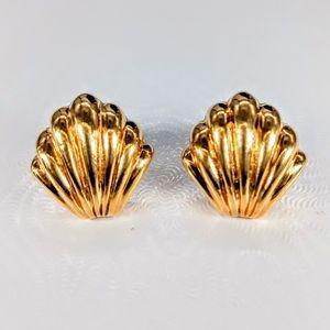 Vint. Trifari Shell Earrings NWT